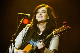 brandy-clark-performing-2015-billboard-650