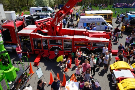 THS-Touch-a-Truck-2015-00081